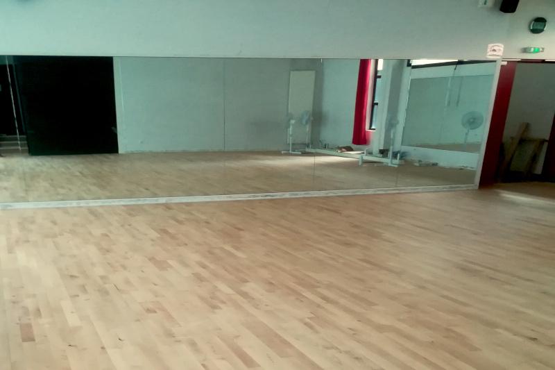 Salle de danse à Paris